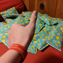 slap bracelets in an envelope, lemon gives a thumbs up